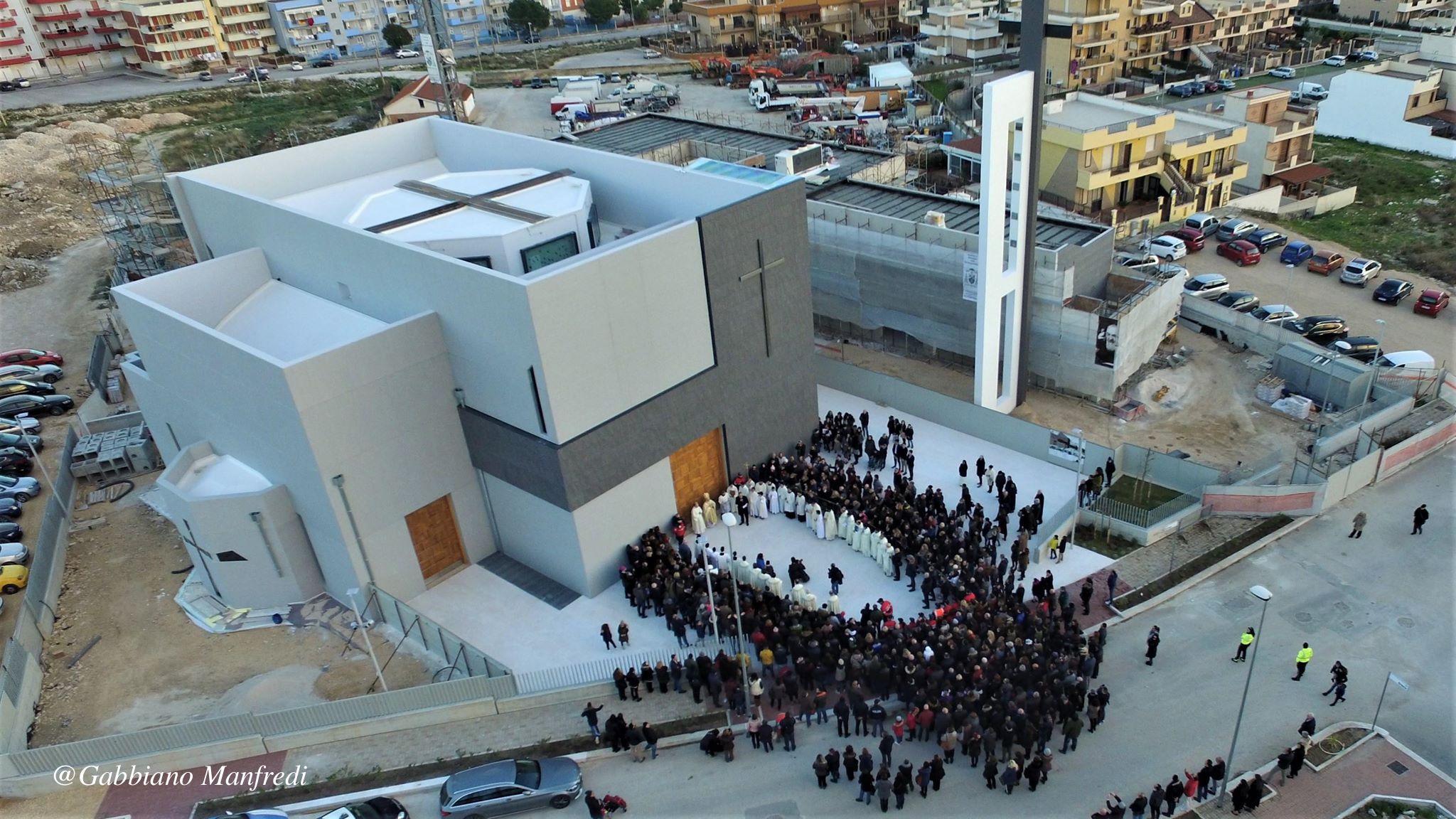Comunità e territorio   Inaugurazione-Chiesa-San-Pio-Manfredonia-